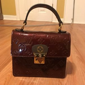Louis Vuitton second hand/ no card given